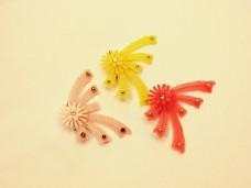プラスチックのお花ブローチ*昭和レトロ