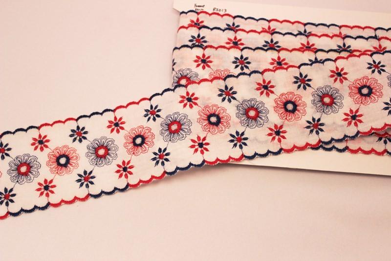 トリコロール 幅広スカラップリボン お花の刺繍 フランスアンティーク