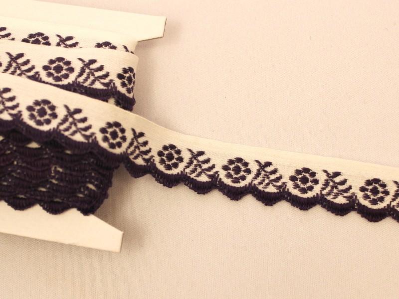 チェコアンティーク スカラップ刺繍リボン パープルのお花