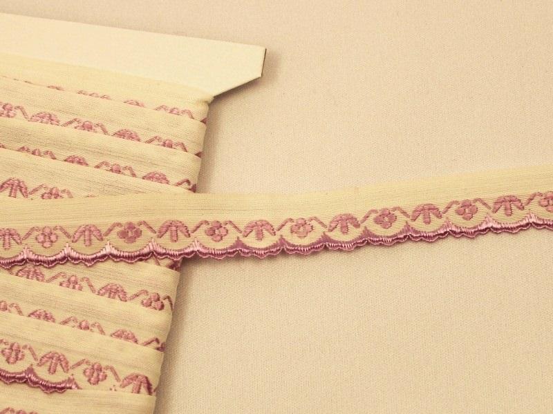 チェコアンティーク スカラップ刺繍リボン ラベンダー色の小花