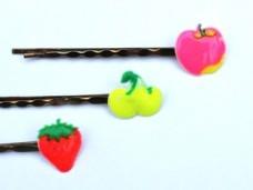 フルーツのヘアピン りんご・さくらんぼ・いちご 昭和レトロ ヴィンテージDeco