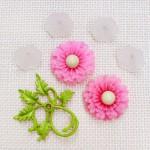 アンティークビーズパーツ ピンクのお花と葉っぱセット