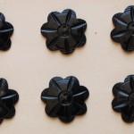 黒いお花のモチーフボタン イギリス アンティーク
