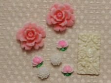 アンティークカボション ピンクのバラとお花